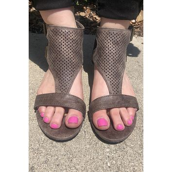 Not Giving Up Sandal- Charcoal