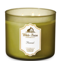 White BarnFLANNEL3-Wick Candle