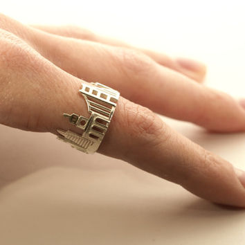 San Francisco Cityscape - Skyline Statement Ring Size 5-13