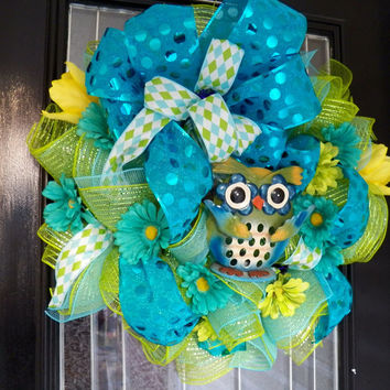 Spring/Summer Deco Mesh Wreath with Owl, Door hanger, Summer Decoration, Ready to Ship