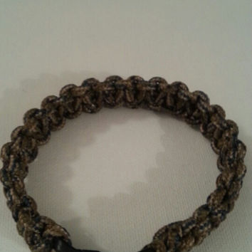 Military camo paracord parachute cord 550/325 bracelet with survival buckle or regular buckle