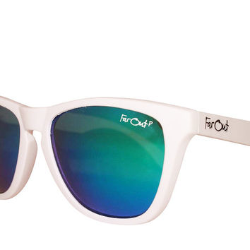 White Polarized Green Lens