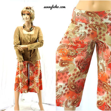 Vintage 80s paisley gaucho pants S orange 1980s retro wide leg gauchos / culottes / wide leg capris Zoey Beth made in USA SunnyBohoVintage