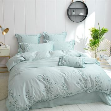 Cool 2018 Princess style Soft Bedding Set green Embroidery Duvets and Bedding Sets Queen King Size Bed Sheet Set Bed CoversAT_93_12