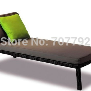 2017 NEW!Classic Wicker Outdoor Chaise Lounge Chair with Cushions