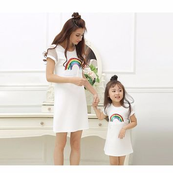 Mom and Daughter Dress 2017 Family Matching Outfits Fashion Sequined Rainbow Dress for Girls and Women Summer Cotton Dresses 3-9