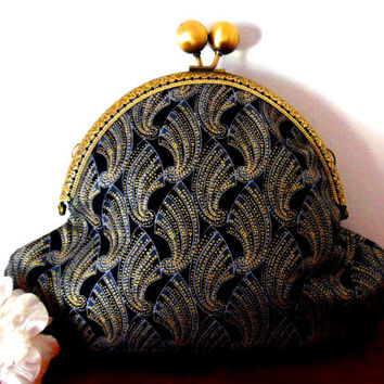 Art deco/shell print/black/grey/blue/gold/metallic/wave/bronze/small clasp bag/purse