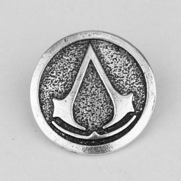 Assassins Creed Brooches Badge Vintage Antique Silver Metal Lapel Pin for Men Fashion Game Jewelry