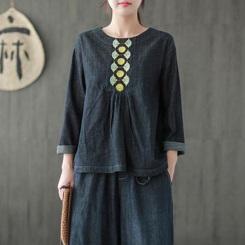 Johnature Women Embroidery Pullover T-Shirts Vintage Autumn Denim Clothing 2018 New O-Neck Long Sleeve Fold Loose Women T-shirts