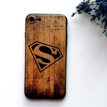 DCCKUNT Creative Wooden Superman Print Iphone 7 7 Plus & 6 6s Plus Cover Case