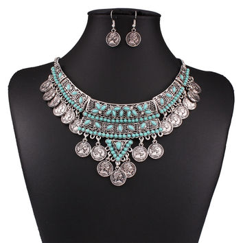 Fashion Vintage Engraved Coins  Pendant Green Beads Necklace Earrins Jewelry Set