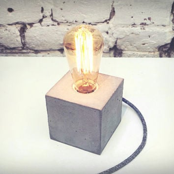 "Concrete Lamp ""The Cube"" - Lighting - Table lamp with round gray textile cable and vintage Edison bulb"