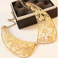 Victorian Elegant Floral Peter Pan Collar Golden Necklace