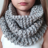 THE OUTLANDER  -  Knit Chunky Cowl - Snood