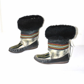 size 7 faux fur MUKLUKS  unique vintage 1970s RETRO tall boho hippie rainbow smocked FESTIVAL moccasin boots