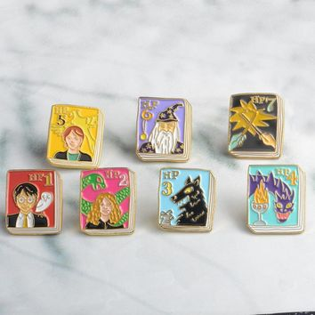 7pcs/set Tiny Magic book Brooches Pins Alice in Wonderland,Catcher in the Rye,Anne of Green Gables Buckle Jewelry For Kids Gifts