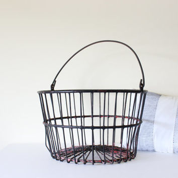 Vintage Round Wire Basket With Handle