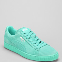 Puma Classic Mono Suede Sneaker - Urban Outfitters