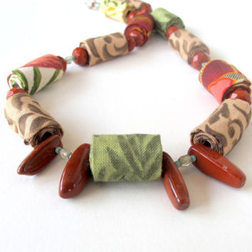 Mother earth fiber necklace in natural colors