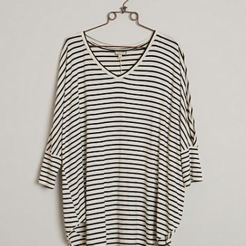 EYESHADOW STRIPED TOP - PLUS SIZE ONLY