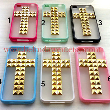 studded iphone 4 case,cross studded iphone 4 case, golden pyramid stud iPhone case