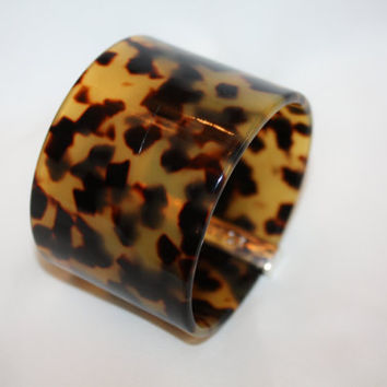 Vintage  Bangle Bracelet Wide Faux Tortoise Shell Lucite  1980s Jewelry