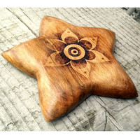 Wood star Incense holder, pyrography Incense burner, wood star, ash catcher, meditation gift, altar incense, pagan, wicca, wiccan gift
