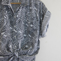 Vintage Paisley Print Shirt. Oversized Pocket Tee Shirt. Button Up Tshirt. Basic shirt.