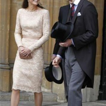 Kate Middleton Dress  Bateau Lace Cocktail Dresses Champagne Long Sleeves Knee Length Mother Wedding Party Dress