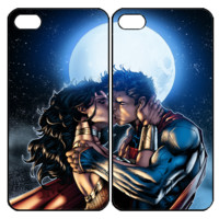 superman and wonder woman kiss Samsung Galaxy S3 S4 S5 S6 Edge Note 3 4 , iPhone 4 4S 5 5s 5c 6 Plus , iPod Touch 4 5 , HTC One M7 M8 M9 ,LG G2 G3 Couple Case