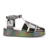 NEW KID WOMEN'S CLAUDE BAND IRIDESCENT PATENT LEATHER PLATFORM SANDALS - OIL SLICK