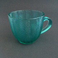 ARCOROC TURQUOISE Green Mug Tea Cup GLASS Herringbone Pattern Stamped