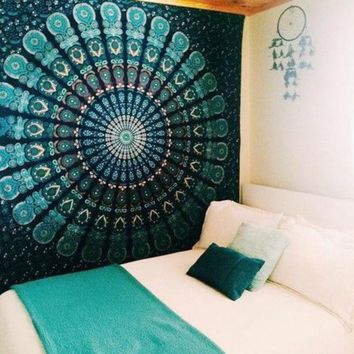 ONETOW Peacock Tapestry Green Beautiful Indian Mandala Tapestry Hippie Decorative Wall Tapestries Hanging Bohemian Bedspread 206 *160cm