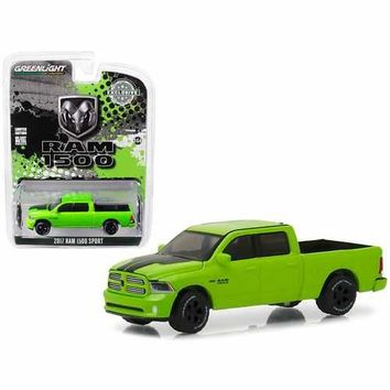 2017 Dodge Ram 1500 Sport Pickup Truck Sublime Green Pearl Coat Special Edition Hobby Exclusive 1/64 Diecast Model by Greenlight