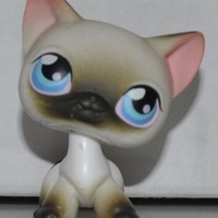 Shorthair Cat #5 (White, Brown Tips (Siamese) Littlest Pet Shop (Retired) Collector Toy - LPS Collectible Replacement Single Figure - Loose (OOP Out of Package & Print)