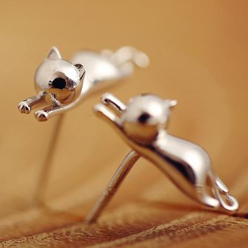 Accessories New Design Small Animals Stud Earrings Sweet Stereo Cat Earrings Silver Plated Fashion Jewelry Female's Korea Style