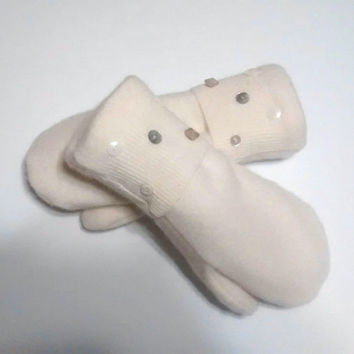 Button mittens, white mittens, recycled sweaters, women's mittens, fleece lined mittens, felted wool mittens, sweater mittens, felted wool