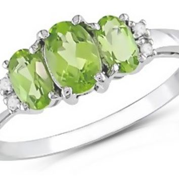 1 1/5 Carat Peridot & Diamond 10K White Gold Ring