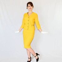 60s skirt set. Vintage 2 Piece Set. Skirt jacket set. Bright yellow suit. Mad Men fashion. Pencil skirt. Yellow gold