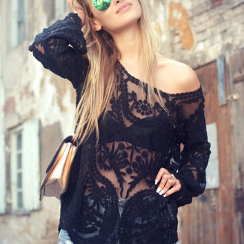 Lace crochet black long sleeve blouse
