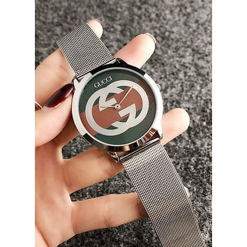 GUCCI Fashion Women Men Big Logo Quartz Watches Wrist Watch Silvery