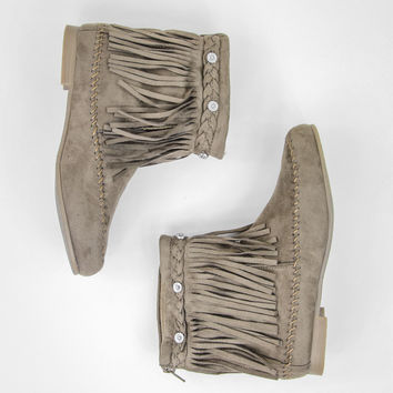 Fetching Fringe Boots in Taupe