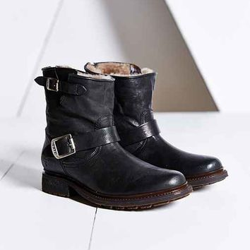 Frye Valerie 6 Shearling Boot- Black