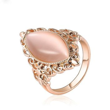Vintage Natural Opal Cat's Eye Cocktail Gold Color Ring