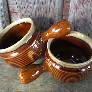 2 Vintage stoneware crock Soup bowls w/ long handles, vintage brown drip pottery bowls, vintage brown ware Pottery, French onion bowl dishes