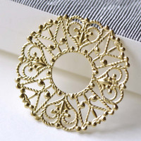 Raw Brass Filigree Round Heart Floral Stamping Embellishments 30mm Set of 10 A8089