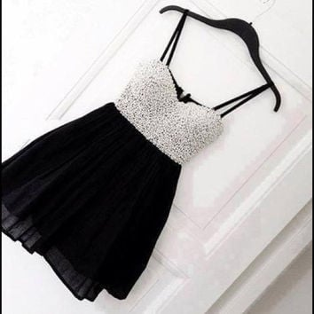 Homecoming Dress,Spaghetti Straps Pearl Beading Black Chiffon Short Prom Dress