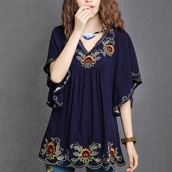 Beautiful Embroidered Linen Floral Vintage style top-More colors!