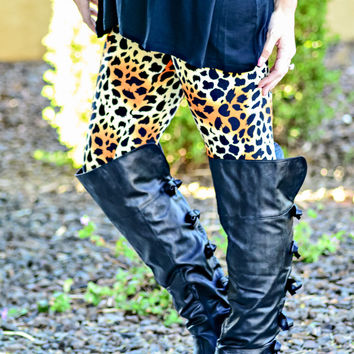 HEAR ME ROAR LEGGINGS - ONE