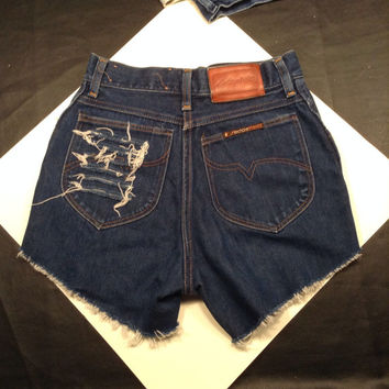 Vintage high waisted high waist destroyed dark cut-off denim jean shorts small